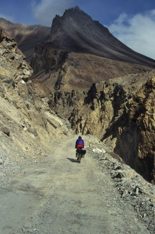 00053_Climbing Baralachala