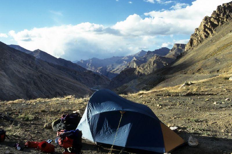 00075_Gata Camping