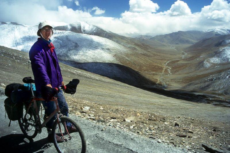 00091_Climbing Taglang La